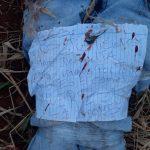 Corpo de adolescente é encontrado sem mãos e com bilhete
