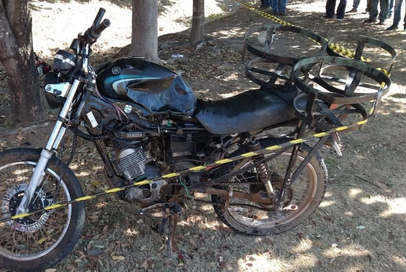 Colisão entre motocicletas deixa um morto em avenida